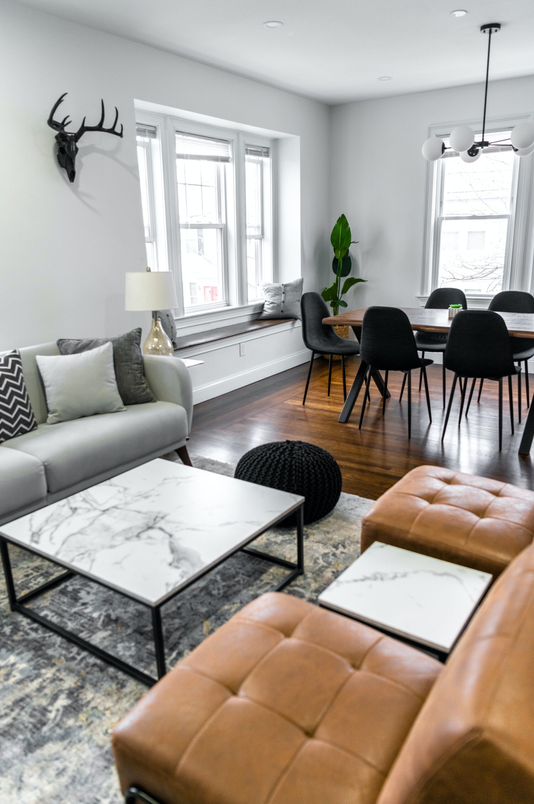 10 Reasons to Hire a Professional Property Manager